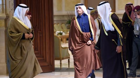 Qatar foreign minister joins GCC peers in Kuwait meeting