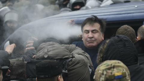 Protesters free ex-Georgian leader Saakashvili from Ukrainian police