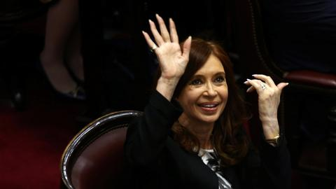 Argentine judge seeks arrest of ex-President Kirchner