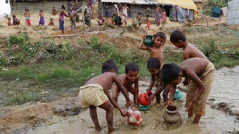 Aid groups vow to boycott new Myanmar camps for Rohingya returnees