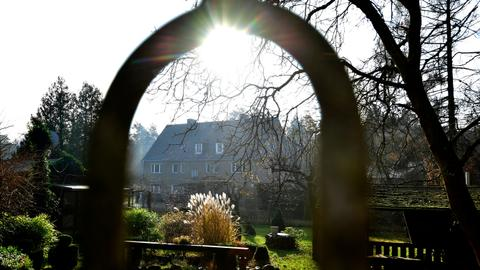 East German village of Alwine auctioned for 140,000 euros