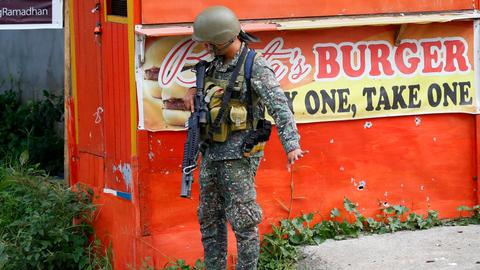 Duterte seeks Mindanao martial law extension
