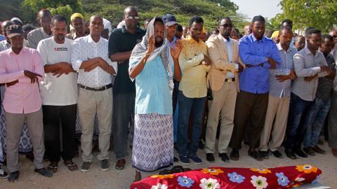 Car bomb kills journalist in Somali capital