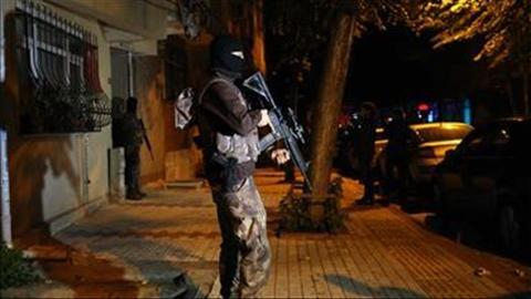 Turkish police conduct operations against Daesh and FETO