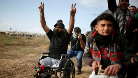Israeli forces kill disabled Palestinian demonstrator