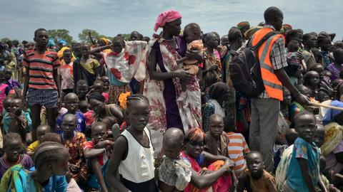 South Sudanese struggle to cope with famine