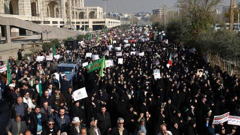 Mass pro-government rallies follow price protests in Iran