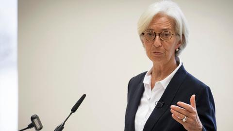 IMF predicts bleak economic outlook amid growing protectionism