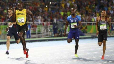 Usain Bolt wins third Olympic 200m title