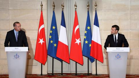 Erdogan says Turkey is tired of waiting for EU approval