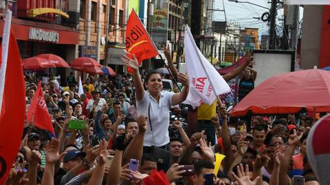 Thousands march against president's re-election in Honduras