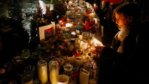 France remembers Charlie Hebdo attack victims