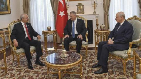 Turkish PM meets opposition leaders over new constitution