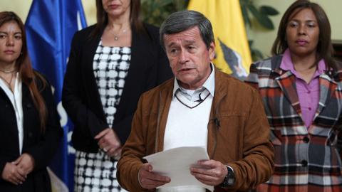 Colombia president suspends ceasefire talks over rebel attacks