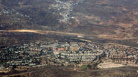 Israel approves over 1,000 illegal homes in occupied West Bank