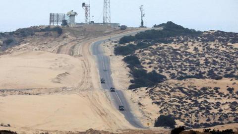 Israel destroys Hamas tunnel under Gaza crossing