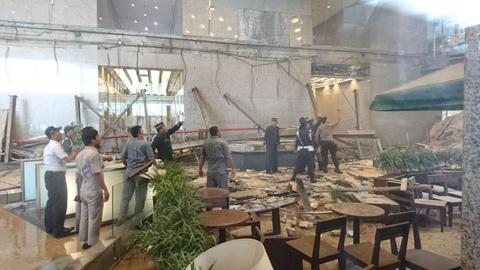 Floor collapse at Indonesia Stock Exchange injures at least 77