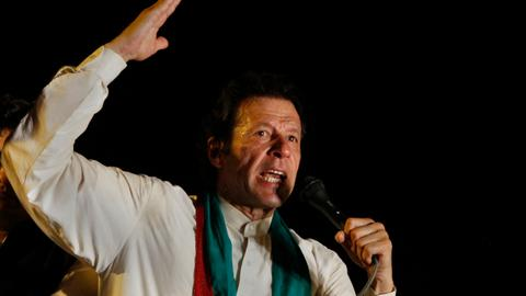 Is Pakistan's populist leader facing a political dead end?