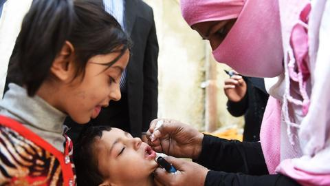 Two gunmen shoot and kill polio workers in Pakistan