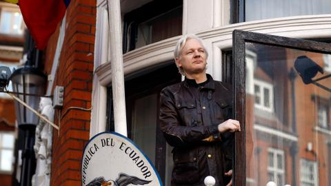 Assange recalls fake reporting on Turkish deadly coup attempt