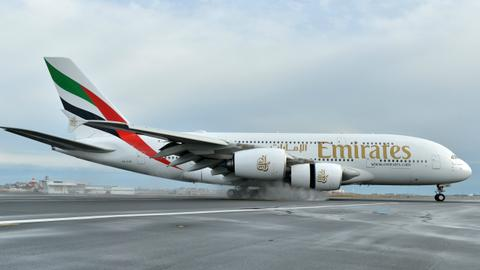 Emirates hands A380 superjumbo a lifeline with $16 billion order