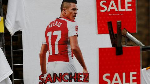 Sanchez signs for Manchester United and Mkhitaryan joins Arsenal