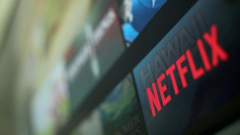 Two million new subscribers enable Netflix to cross $100 bln market cap