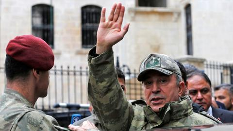 Turkish army chief inspects troops in provinces bordering Syria
