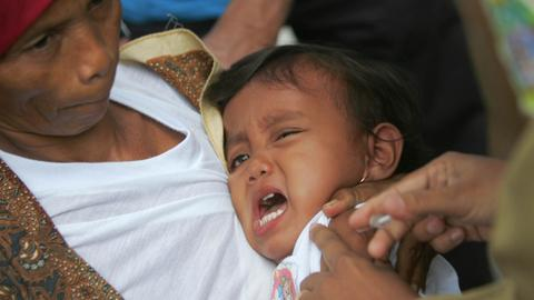 Measles outbreak kills as many as 100 children in Indonesia