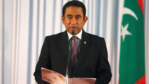 Maldives government warns Supreme Court against impeachment move