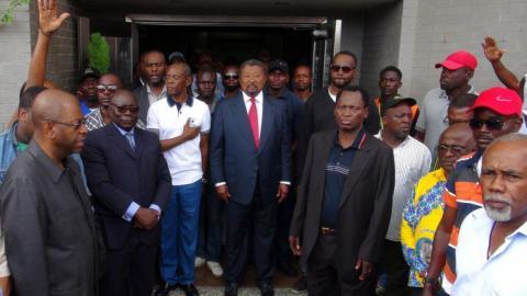 Gabonese opposition leader declares himself president