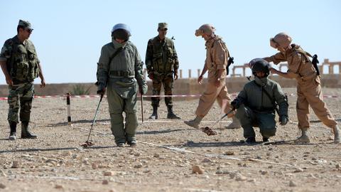 Russia to regulate private military contractors