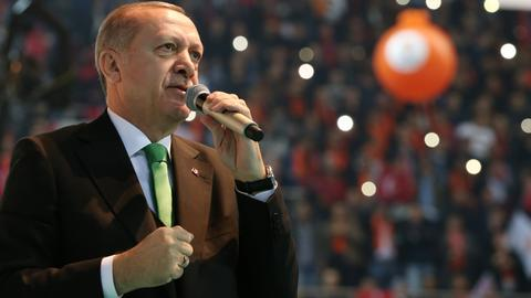 Erdogan vows to continue fight against terrorists