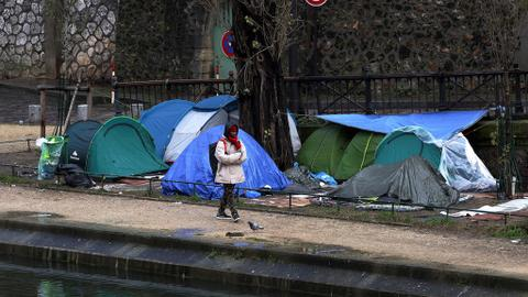 France to crack down on illegal immigration and tightens laws