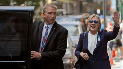 Clinton takes time off campaign to recover from pneumonia