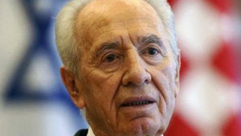 Ex-Israeli President Peres in induced coma after stroke