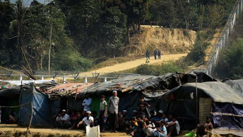 Bangladesh accuses Myanmar of deploying troops at border