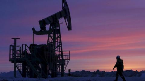 Oil, gold to gain on Syria strikes; Russian retaliation in focus