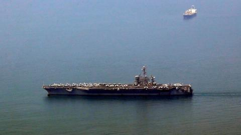 US carrier arrives in Vietnam for first time since war