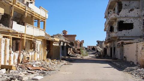 Refugees return to Libya's devastated city of Sirte