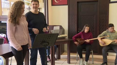 Turkish minority schools make slow strides in Greece