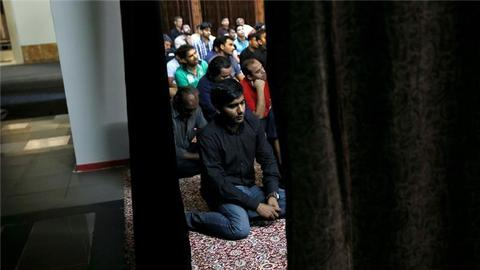 Muslims call on Athens to finish building the city's mosque