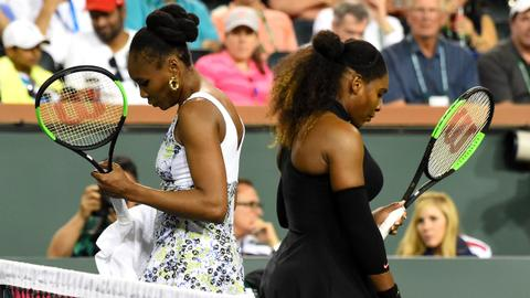 Venus knocks out Serena, Wozniacki marches on in Indian Wells