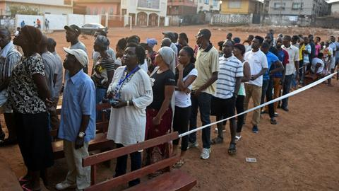 Sierra Leone presidential election heads to second round