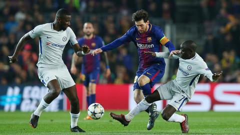 Barcelona routs Chelsea to reach Champions League quarter-finals