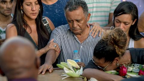 Thousands mourn slain rights activist in Brazil