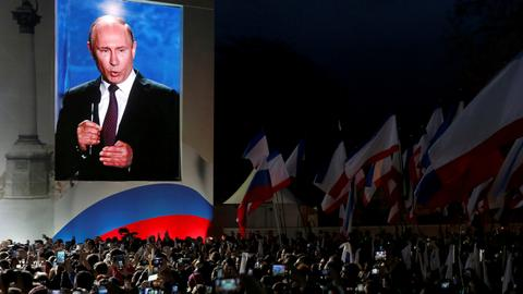 Putin eyes fourth term in office as Russians go to polls