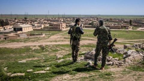 US continues to arm YPG in northern Syria, local sources say