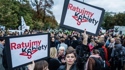 Poland decides on abortion ban