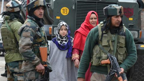 Two-day gun battle leaves 10 dead in disputed Kashmir